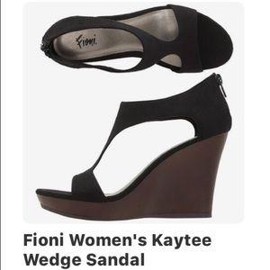 FIONI Clothing